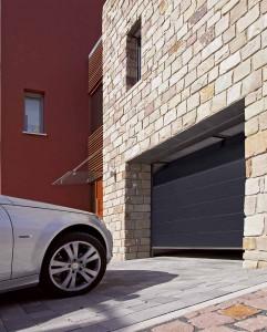 Промышленные и гаражные автоматические ворота Дорхан